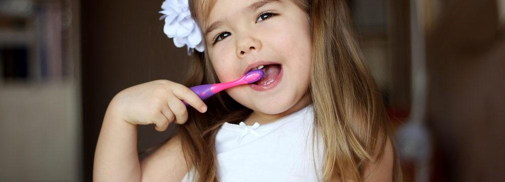 むし歯になりやすい奥歯を守るつるみ歯科医院のシーラント処置